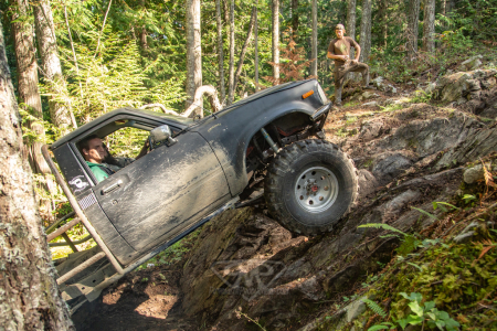 Full-Body-Rigs-Rock-Crawling-13-of-57