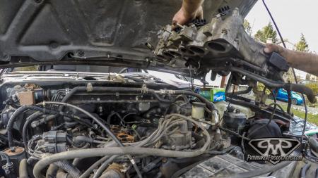Nissan-Pathfinder-VG30e-EFI-Removal-6-of-26